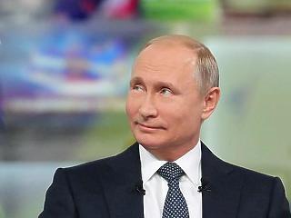 Putyin mosolyogva nézi a szánalmas amerikai-lengyel hadgyakorlatot