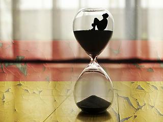 Szorítja az idő Merkelt - nincs megoldás a menekültekre?