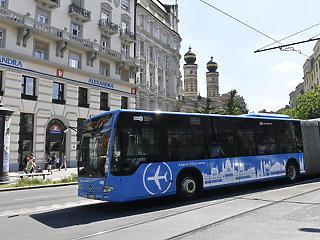 Tarlós engedett a nyomásnak: sűrűbben jár a reptéri busz