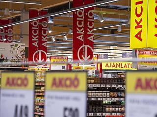 Laposodik a görbe a hipermarketekben: ennyibe kerül most egy nagybevásárlás