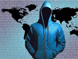 100 millió amerikai és 6 millió kanadai banki adatait lopta el egy hacker
