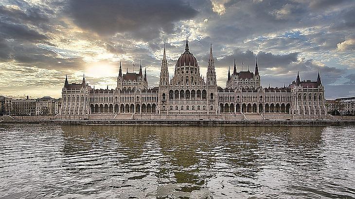 Alkotmánybírót is választanak a képviselők tavasszal