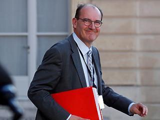 Csapatot cserél Macron: már meg is van az új kormányfő