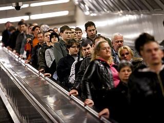 Nem jár a 2-es metró