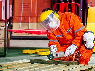 Komoly hiányosságok: szinte senki sem védi rendesen a dolgozóit?