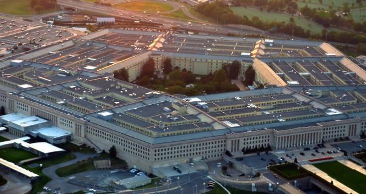 Vádirat az amerikai katonaság ellen – a Pentagon állam lett az államban
