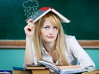 Óriási teher a családokon - mi lesz a diákokkal?
