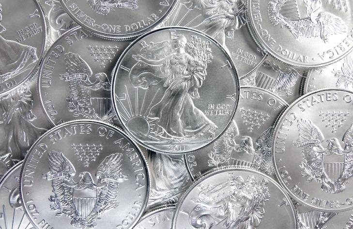 Száguld az ezüst ára, mi az, amin mégis elcsúszhat?