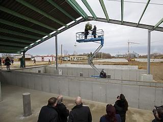 Óriási sertéshizlaldája lesz Magyarországnak