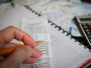 Keddig lehet könnyítést kérni az iparűzési adóelőlegből
