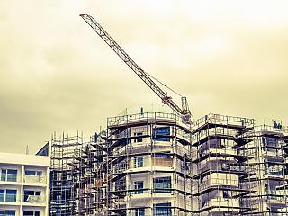 Túlpezsgett a lakáspiac – idén jöhet a robbanás?