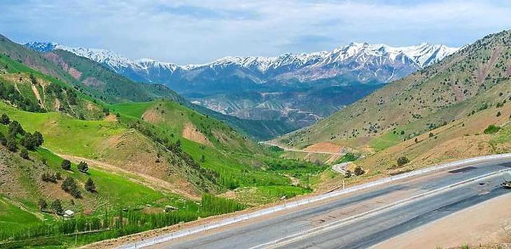 Egyre nő a Talibán sötét árnya Közép-Ázsia felett