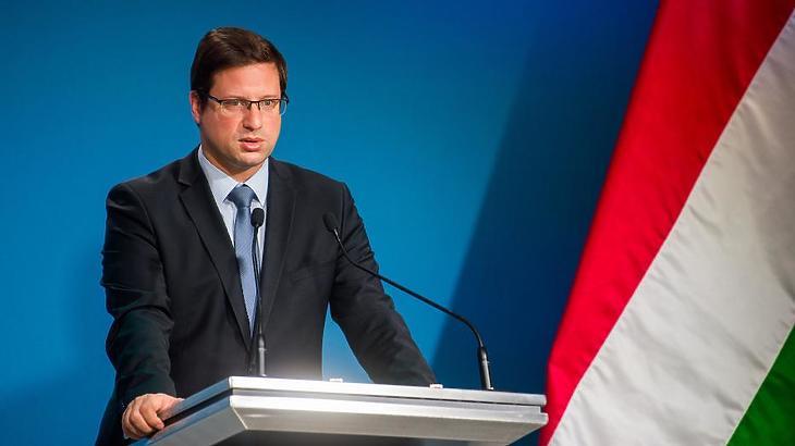 Gulyás Gergely nem zárja ki, hogy lesz idén minimálbér-emelés (Fotó: MTI)