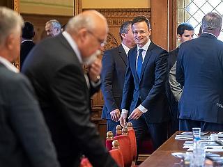 Szijjártó nagy feladatot kap – komoly ügyekben számít rá Orbán