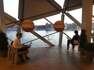 Szivárognak az adatok: stabil többsége lehet a Fidesznek