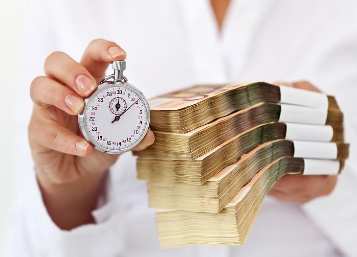 Erős kedvezményekkel jönnek a bankok a személyi hiteleknél (fotó: pixabay.com)