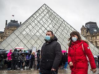 Még 372 beteg: nagyot ugrott a fertőzöttek száma Franciaországban