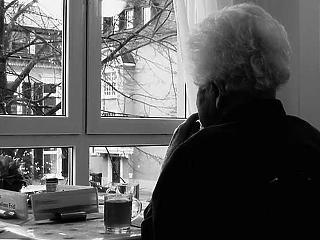 Újabb pofon a legszegényebb nyugdíjasoknak