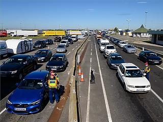 A kormány meggondolta magát, mégsem kell kerekíteni a gépjárműadót