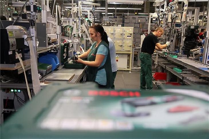 200 ezres minimálbér – a kormány komoly engedményt adna a cégeknek