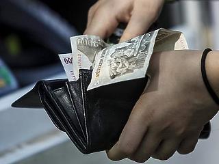 Üzenet a békeidőkből: 249 500 forint volt a januári átlagkereset