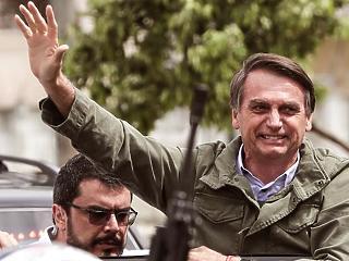 Óriásit zuhant Bolsonaro népszerűsége az Amazonas tüzei után