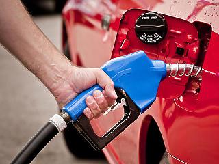 Küszöbön a 400 forintos üzemanyagárak