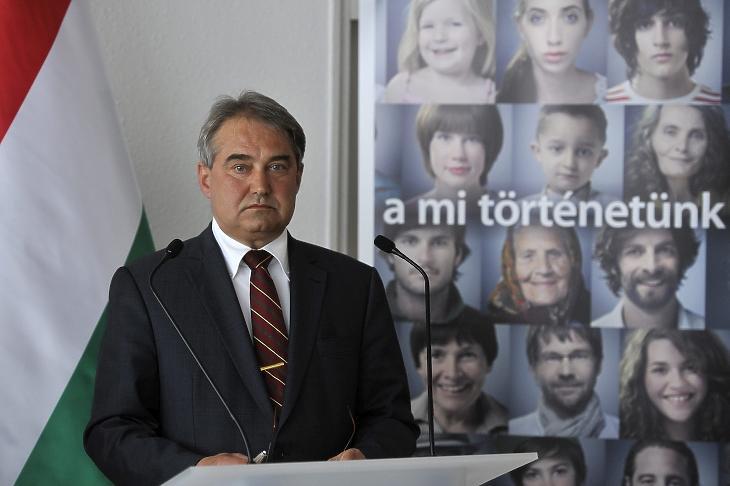 Töröcskei István az Államadósság Kezelő Központ (ÁKK) vezetőjeként, 2013. április 15-én. MTI Fotó: Kovács Attila