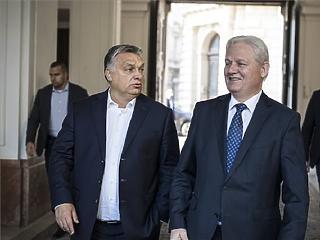 Jön a nagy újrázás? Orbán felkérte Tarlóst, hogy induljon el ismét a főpolgármesteri székért