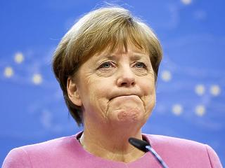 Felrobbanhat a német nagykoalíció – már kinézték Merkel utódját