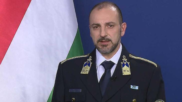 Kiss Róbert rendőr ezredes: a védekezés második ütemében vagyunk. Fotó: mti