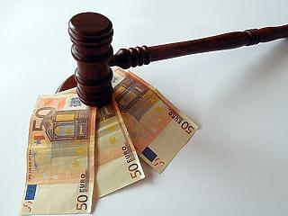 Gigabírságot kaptak a csaló bankok