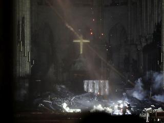 Gyűjtést indít a Mazsihisz a Notre-Dame újjáépítésére