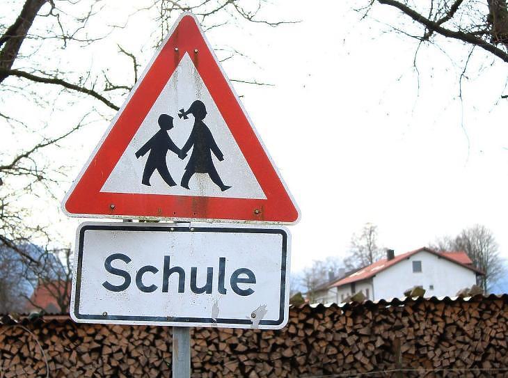 Út az iskolához (Pixabay)