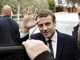 Macron felfegyverezné Európát