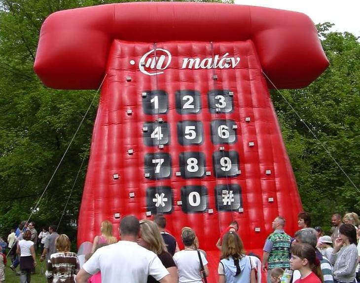 A Magyar Telekom egy majálison (archív kép)