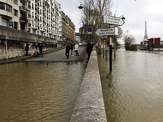Katasztrófa szélén Párizs – mi okozza az apokaliptikus állapotokat?