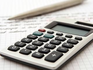 7 százalék alatti THM, 30 éves futamidő – milyen hitelekkel csábítanak a bankok?