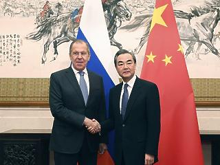 Oroszország és Kína ragaszkodik az Iránnal kötött nukleáris szerződéshez