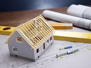 Telekpiac: egy négyzetméter telek ára elérheti az ugyanekkora lakás árát