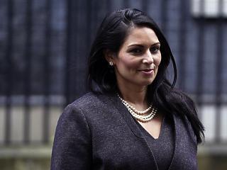 Lelepleződött az izraeli lobbi embere a brit kormányban