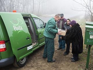 Embereket rúg ki a Magyar Posta