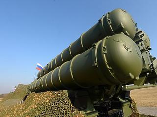 Fekete lyuk: eljuthatnak-e orosz fegyverek Szerbiába?