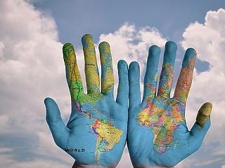 Komoly kihívások előtt áll a világ - mit hoznak a következő évek?