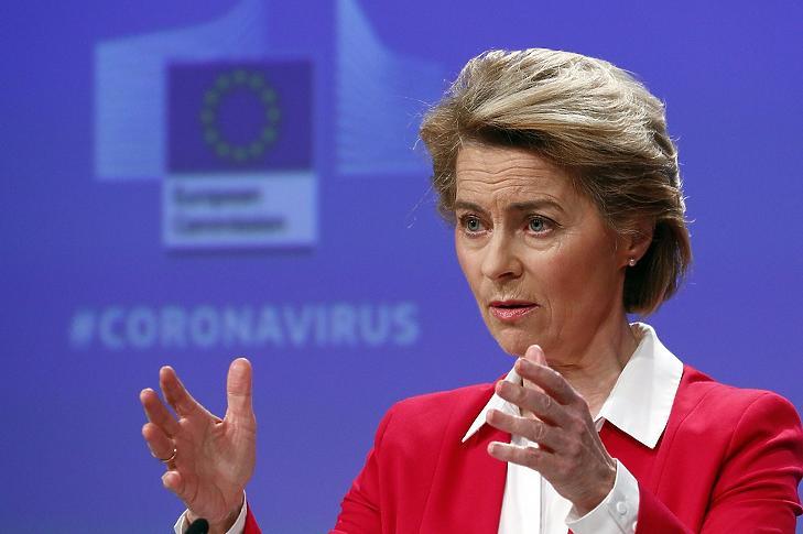 Ursula von der Leyen, az Európai Bizottság elnöke sajtótájékoztatót tart a koronavírus-járvány okozta gazdasági visszaesés csökkentését célzó uniós intézkedésekről Brüsszelben 2020. április 2-án. MTI/EPA/REUTERS pool/Francois Lenoir