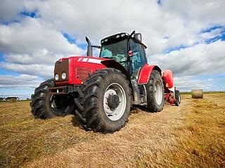 Az egész országot lefedő agrárcentrum-hálózatot hozott létre a Takarékbank