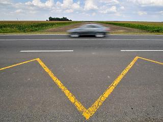 Orbánék vörös szőnyege: emiatt jött Debrecenbe a BMW