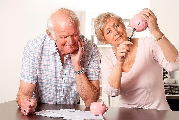 A GDP-hez képes kevesebb jut a nyugdíjakra a kormány szerint