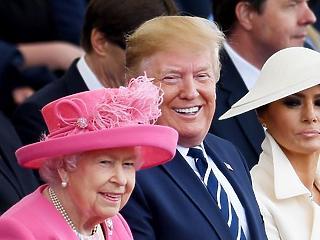A nap képe: csúcsszuper kalapot villantott Theresa May
