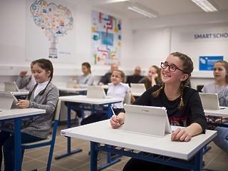 2020-tól a magyar iskolákban is taníthatják a lézervágást